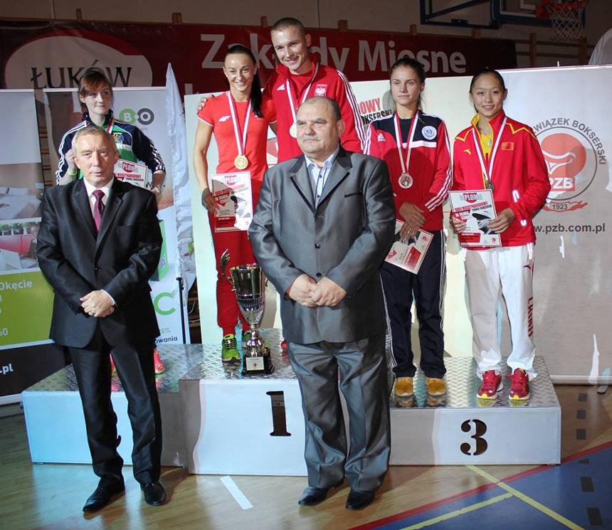 podium51