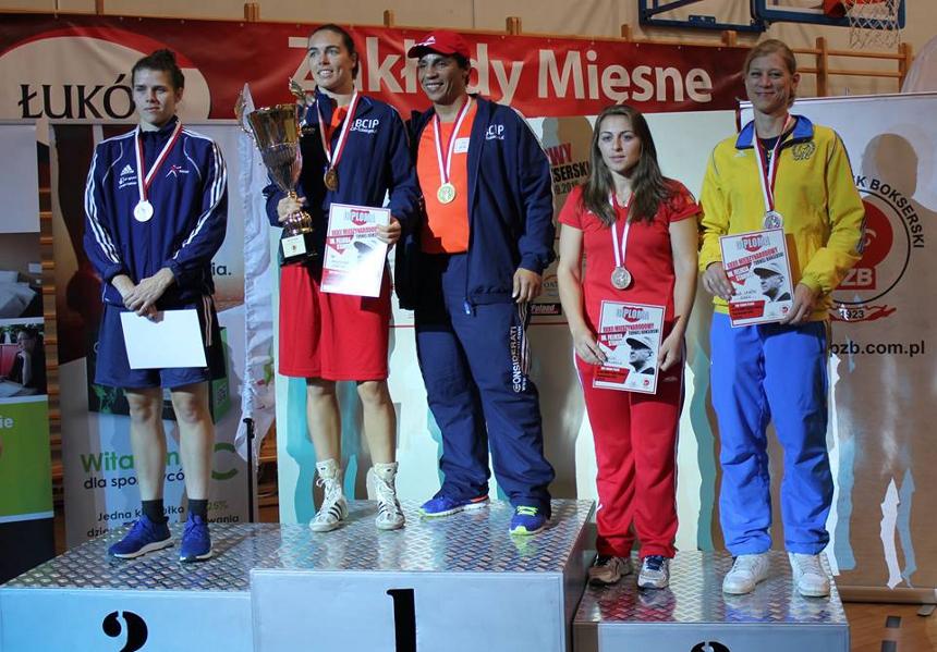 podium75